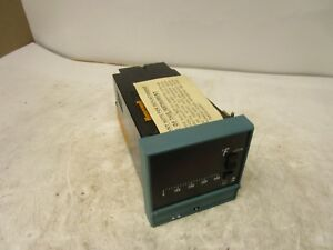 Honeywell Dc111 d 055 acd Temperature Controller 0 400 f R b Pt 100 110 220v