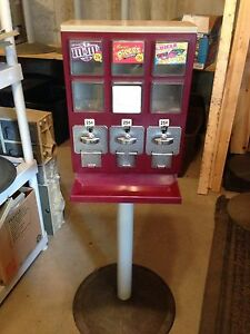 Evervend Bulk Candy Gumball Vending Machine