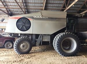 2008 Gleaner R75 Combine Ht72135 Separator Hours 1324 Sn ht72135