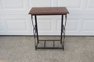 Vintage Wrought Iron Table Wooden Top Fish Aquarium Table 1082f