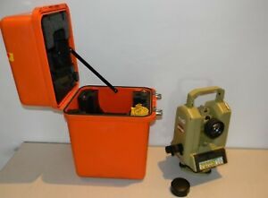 Leica Wild Heerbrugg T3000 Theodolite Total Surveying Station With Case