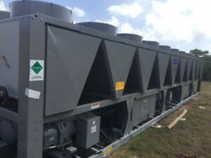 new 400 Ton Air Cooled Carrier Chiller Only 1 Left
