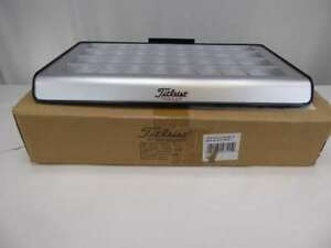 New Titleist Showcase Counter Top Case 32 Golf Ball Display free Shipping