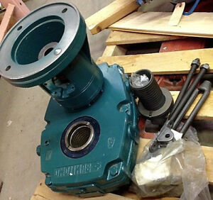 Sumitomo Shaft Mount Gearbox Speed Reducer Ghyja3105t 184tc 39 1 C face 44 4rpm