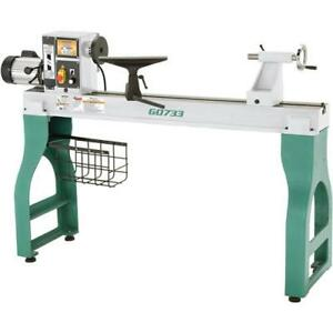 G0733 Heavy Duty Wood Lathe 18 X 47