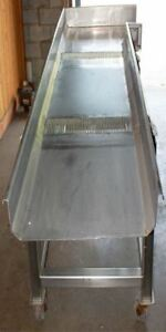 Vibrating Dewatering Shaker Conveyor On Wheels Model St001 All Stainless