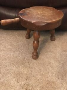 Antique Wooden Three Leg Milking Stool Seat With Handle