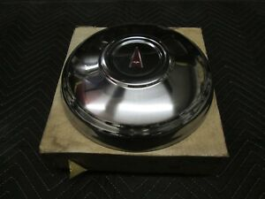 Pontiac Nos 488630 Hubcap Dogdish 1972 73 74 Gto Lemans Firebird Wheel Cover