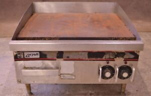 24 Ap Wyott Eg 24 208 1 Flat Top Griddle Grill Counter 208v 3 phase Electric