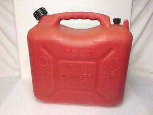 Rare Wedco 5 8 Gallon Gas Can With Flexible Spout Seal Cap 22 Liters Jerry