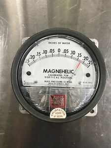 Dwyer Magnehelic Differential Pressure Gauge 2300 0 0 To 25 Inches Of Water