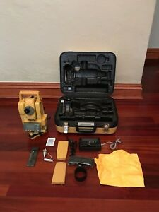Mint Topcon Gpt 3002w Reflectorless Total Station For Survey