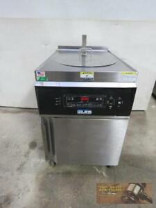 Giles Electric Deep Kettle Fryer Gef 560 Auto Lift On Board Oil Filter System