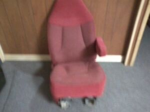 Ford Truck Bronco F 150 Bucket Seat Pass Side Red 92 96