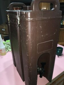 5 Gallon Cambro Insulated Drink Dispenser Lcd 500 5120 Brown Nsf Catering Hot