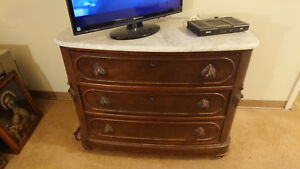 Antique 1800 S Mahogany Dresser W Marble Top Decortive Wood Carved Handles
