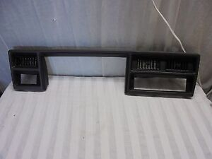 1992 Plymouth Acclaim Dash Trim With Vents