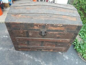 Antique Wooden Steamer Humpback Or Camelback Trunk