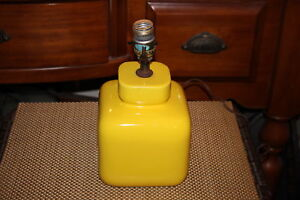 Vintage Mid Century Modern Canary Yellow Square Body Table Lamp 2 Porcelain