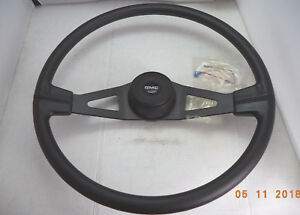 Gmc Classic 20 Orion compatible Steering Wheel W horn Assembly P n 010410601
