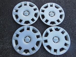Oem Toyota Matrix Hubcaps Wheel Covers 03 04 05 06 07 08 16 61150 Toyota