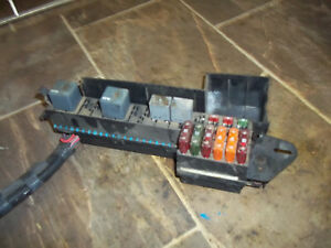 2000 2001 2002 2003 2004 2005 Chevrolet Cavalier Sunfire Fuse Box Engine