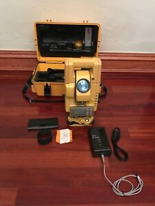 Topcon Gts 300 Series Total Station Survey Equipment New Battery