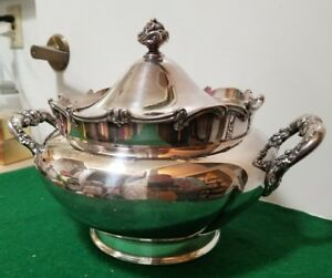 Antique Victorian Wilcox Quadriple Silverplate Covered Soup Tureen