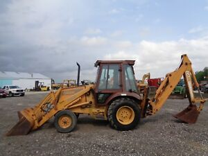 1989 Case 580k Backhoe Cab heat 2wd Runs Good