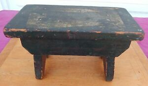 Antique Primitive Maine Country Foot Stool Deep Windsor Green Square Nailed