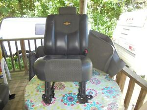 2002 Chevy Avalanche Rear Passenger Seat