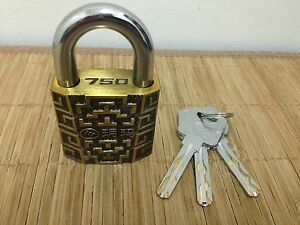 Awesome Yuema 750 50mm Padlock With 360 Spinning Core 3 Keys