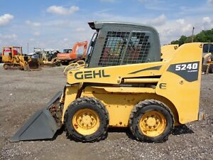 2009 Gehl 5240e Skid Steer Cab heat Sticks pedals 1 900 Lift Cap 1 461hrs