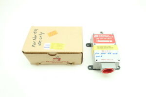 New Namco Ea170 24100 Snap lock Limit Switch 480 600v ac 10 5a