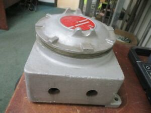 Crouse hinds Explosion Proof Condulet Outlet Box Gub220 Used