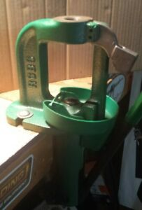 RCBS ''RS'' RELOADING PRESS