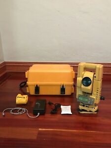 Topcon Gts 301 Series Total Station Survey Equipment New Battery