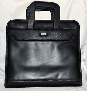 Franklin Covey Day One Black Organizer With Fold In Handles 3 Ring Binder