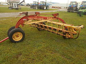 New Holland 256 Rolabar Rake