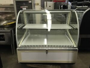 Federal Sn 4cd Series 90 48 Refrigerated Curved Glass Deli Case Refurbished