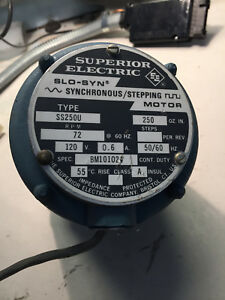 Superior Electric Slo syn Driving Motor Ss250u 120v 0 6a 50 60hz 72rpm New