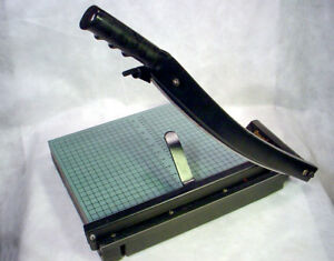 New Premier Stakcut Paper Cutter W Clamp Green Board 30 Sheet Trimmer Pre175