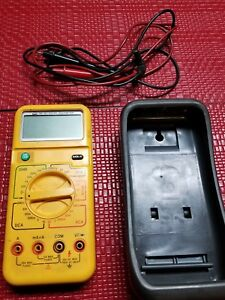Uei Dm383b Hvac Digital Multimeter Meter Tester W Leads Rubber Case