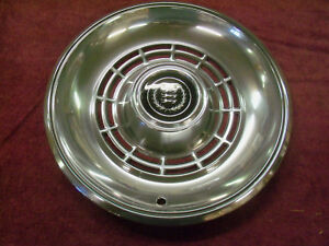 1977 1978 1979 Ford Ranchero Or Ltd Ii Hubcap Nos D7oz 1130 a
