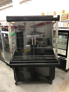 Hussmann Gsvm 4060d 40 Refrigerated Grab Go Display Case W doors Demo