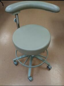 Pelton Crane Dental Patient Exam Doctors Rolling Chair W Adjustable Backrest