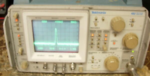 Tektronix 492 Tek Spectrum Analyzer Opt 1 2 works