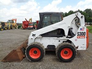2006 Bobcat S300 Skid Steer Cab heat Sticks pedals 720 Original Hours