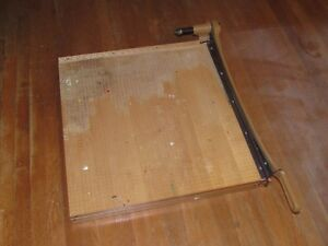 Large Industrial Vintage 25 Inch Ingento Paper Cutter 1162 Guillotine