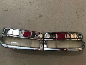 1941 42 Buick Rear Seat Courtesy Light Assembly Pair